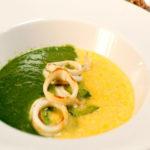 Двойной суп из кукурузы и шпината с гречневой лапшой