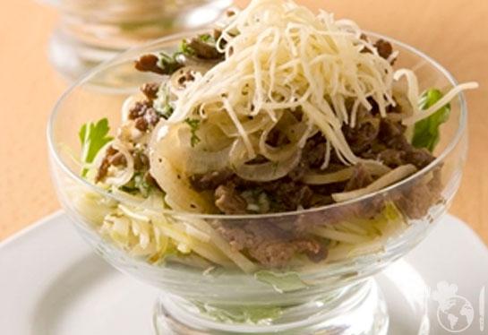 Теплый салат из баранины