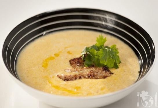 Кукурузный крем-суп с индейкой