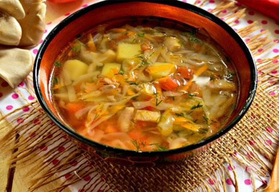 Овощной суп с грибами