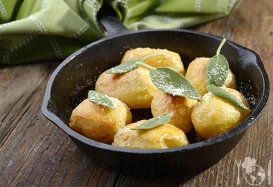 Запеченный картофель с шалфеем